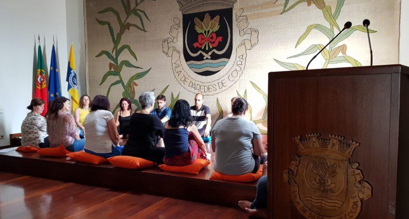 Município faculta sessão de Meditação aos funcionários no Dia Internacional do Yoga