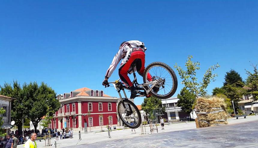 Downhill Urbano e Trial Bike
